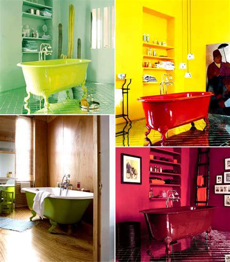 Ideias De Decora 231 227 O Para Um Banheiro Familiar Tubs Bright Coloured Bathroom Accessories