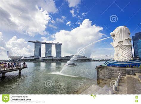 famous boat hotel singapore singapore city landmarks merlion and marina bay sands