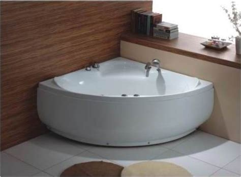 corner jacuzzi bathtub best 20 jacuzzi bathtub ideas on pinterest amazing bathrooms jacuzzi bathroom and
