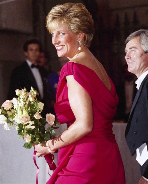 bureau princesse 101 best hrh princess diana 1990 images on