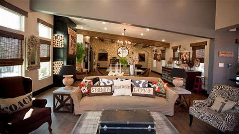 living room extreme makeover designed to the nines extreme makeover living rooms and