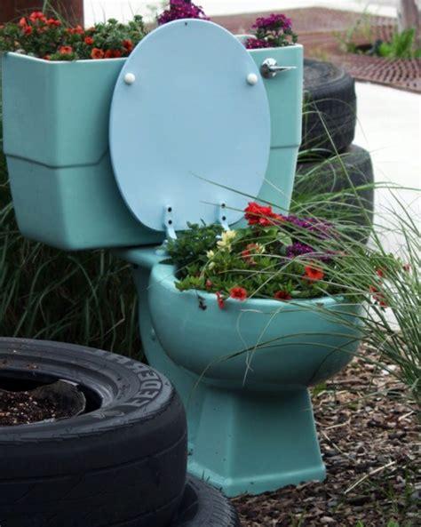 Toilet Flower Planter by Best 2057 Planters Garden Pots Images On