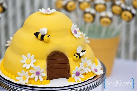 Bumble Bee Baby Shower Baby Shower Party Ideas   Photo 1