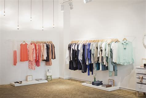 design clothes barcelona auka concept store by intsight barcelona spain 187 retail