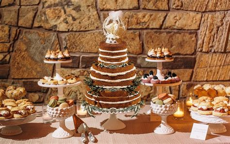 Sweety Gold Comfort S 50 cakes desserts photos rustic dessert table inside