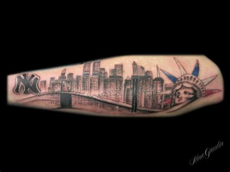 tattoo nyc skyline new york skyline statue of liberty twin towers bridge