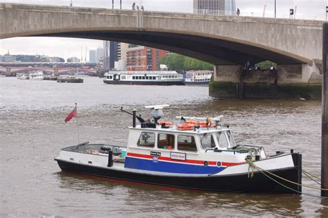 thames river boats waterloo to greenwich safety boat on the thames near waterloo 169 roger davies