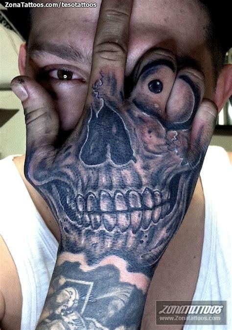 imagenes de calaveras chidas para tatuar tatuaje de chicanos calaveras mano tatuajes chicano y