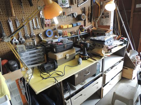 bench magazine pdf diy workbench plans family handyman magazine download wood worm bin woodproject