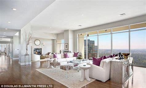 spell appartment matthew perry snaps up 20m la penthouse apartment daily
