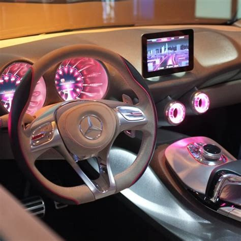 white girly cars merc pink car pink mercedes image 693653 on favim com
