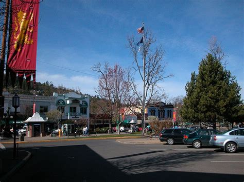 Ashland Oregon Mba Rating by 30 Great Small Towns For Wine Top Value Reviews