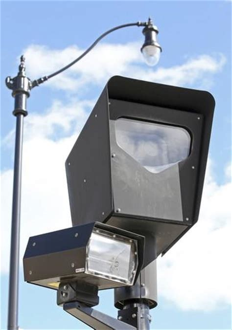 Light Cameras Chicago by Redflex Consultant Also Has Ties To Controversy In Louisiana Tribunedigital Chicagotribune