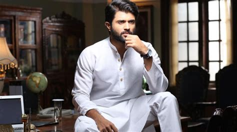 actor vijay annual income vijay devarakonda talking about his financial crisis