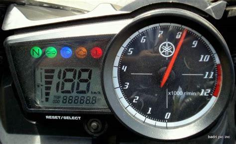 Meter R15 bentuk speedometer yamaha r15 otolawu s