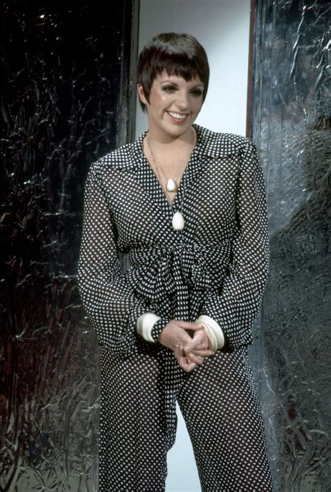 Liza Minelli Needs A New Stylist by 200 Best Images About Liza Minnelli On New