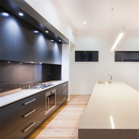 eclairage led plan de travail cuisine plan de travail de cuisine maison