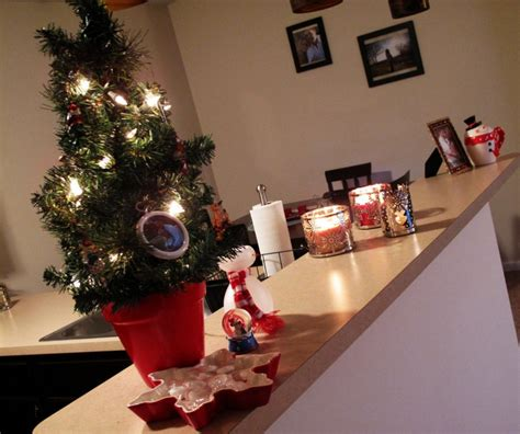 decorate my home for christmas 11 awesome christmas decoration ideas for an apartment