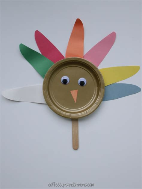 Paper Turkey Crafts - paper plate turkey craft coffee cups and crayons