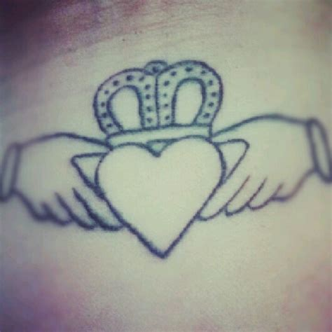 claddagh tattoo wrist claddagh on wrist ideas in 2017