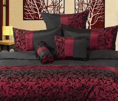 black white and maroon bedrooms 17 best ideas about burgundy bedroom on pinterest