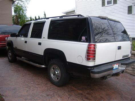 how cars engines work 2003 chevrolet suburban 2500 auto manual service manual how does cars work 1996 chevrolet suburban 2500 windshield wipe control