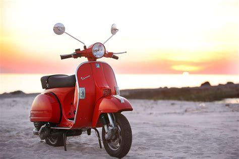 125er Motorrad Alle Modelle by Vespa 125 1000ps Erkl 228 Rt Alle Modelle Motorrad Fotos
