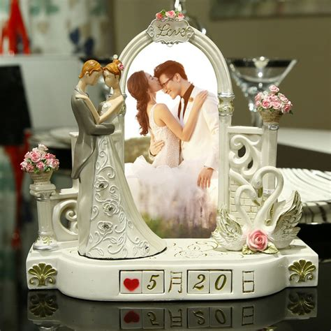 Wedding Gift by Wedding Gift Ideas For Friends Www Pixshark Images
