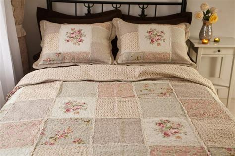 Patchwork Quilt Bedspread - country floral patchwork quilted cotton coverlet