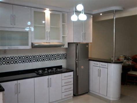 usaha membuat lemari lemari dapur dengan bahan alumunium sakti desain