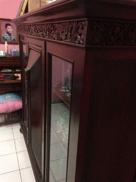 Lemari Vanderpool sebuah lemari pajang lemari hias tiga pintu vanderpool