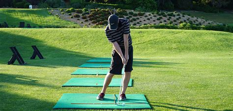 golf swing ball develop great ball striking while playing off mats golf
