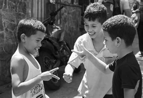 fotos en blanco y negro niños ni 241 os jugando yordanka caridad almaguer