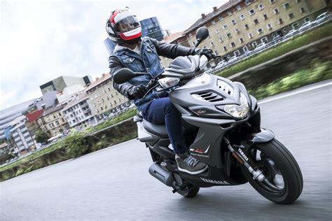 125er Motorrad Mobile by Roller Und 125er Motorr 228 Der 2014 Teil 1 Von 2 Magazin