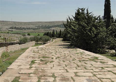 ancient greek roads file ancient roman road of tall aqibrin jpg wikimedia