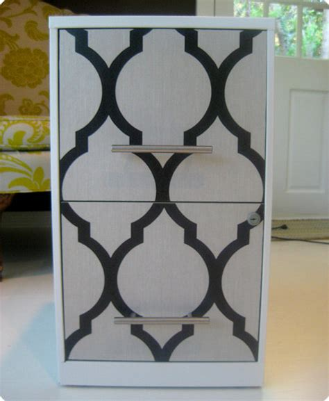 How To Spray Paint Cabinet Hardware Diy Project Casey S Wallpaper File Cabinet Design Sponge