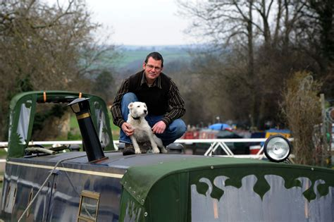 living on a canal boat uk tony jones case study living on a narrowboat boats and
