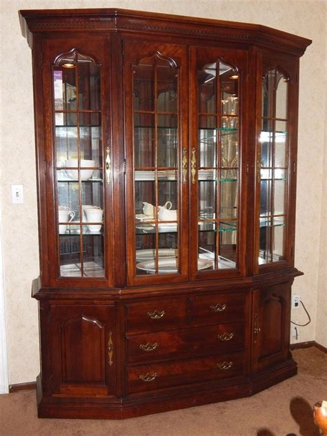 thomasville cherry china cabinet thomasville cherry grove china cabinet hutch retail 3 260