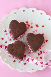 Chocolate valentine s sandwich cookies glorious treats