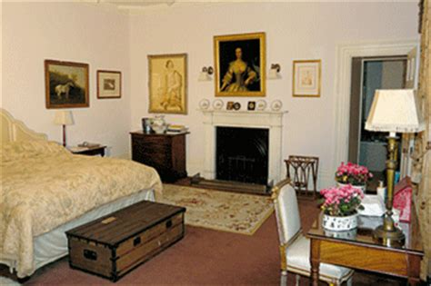 how many bedrooms in highclere castle the antiques of downton abbey s magnificent highclere castle