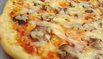 Membuat Pizza Yang Enak | cara membuat adonan pizza yang empuk dan enak berbagai