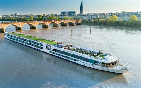 river boat cruises europe reviews book now for 2019 europe river cruises 183 etb travel news