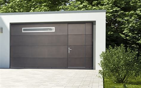 porte de garage sectionnelle avec portillon 2372 sectionnelle avec portillon dans les portes et portails