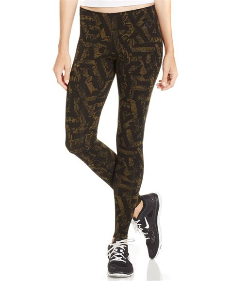 nike patterned yoga pants nike leg a see printed leggings in green lyst