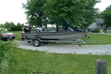 boat brands owned by bass pro fishing boats bass tracker