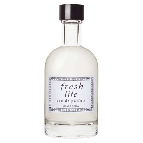 best light clean smelling perfume 10 best clean smelling perfumes rank style