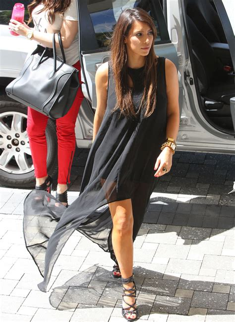 kim kardashian makeup and dress up games kim kardashian strappy sandals kim kardashian looks