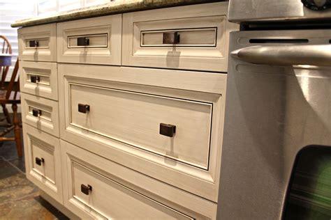Kitchen Cabinets Design Pictures by Champ 234 Tre Un Cachet Antique Et Une Atmosph 232 Re Chaleureuse