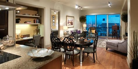 3 bedroom apartments uptown dallas uptown dallas apartment living room yelp