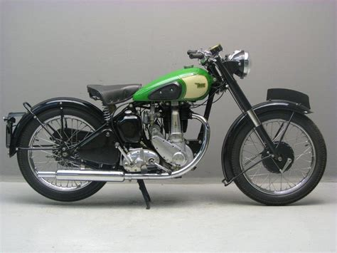 Bsa Bb31 1952 Model Ohv 350cc bsa 1954 b31 plunger frame 350cc engine